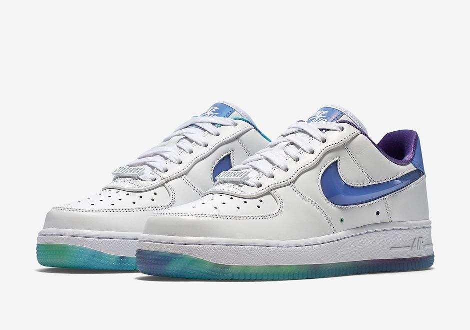 NIKE WMNS AIR FORCE 1 LOW QS