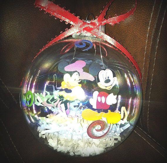 4in blown glas DISNEY Mickey/Minnie Ornament