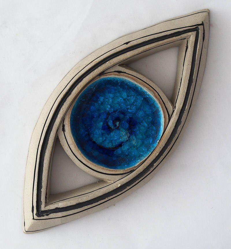 Evil eye ceramic wall art table art sculpture blue eye Dimensions: 17cm x 8cm x 7,5cm Handmade unique piece made in our small and family studio using traditional processes and committed to the environ