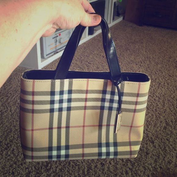 9a32485811 Authentic Burberry bag Gorgeous nova check with inside zipper and other  compartments. It is considered small-medium. Burberry Bags