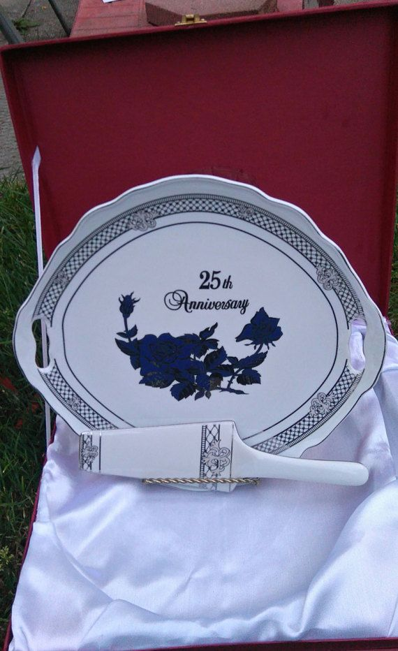 Cake Platter With Spatula 25th Anniversary by TeamCevintageAndSuch