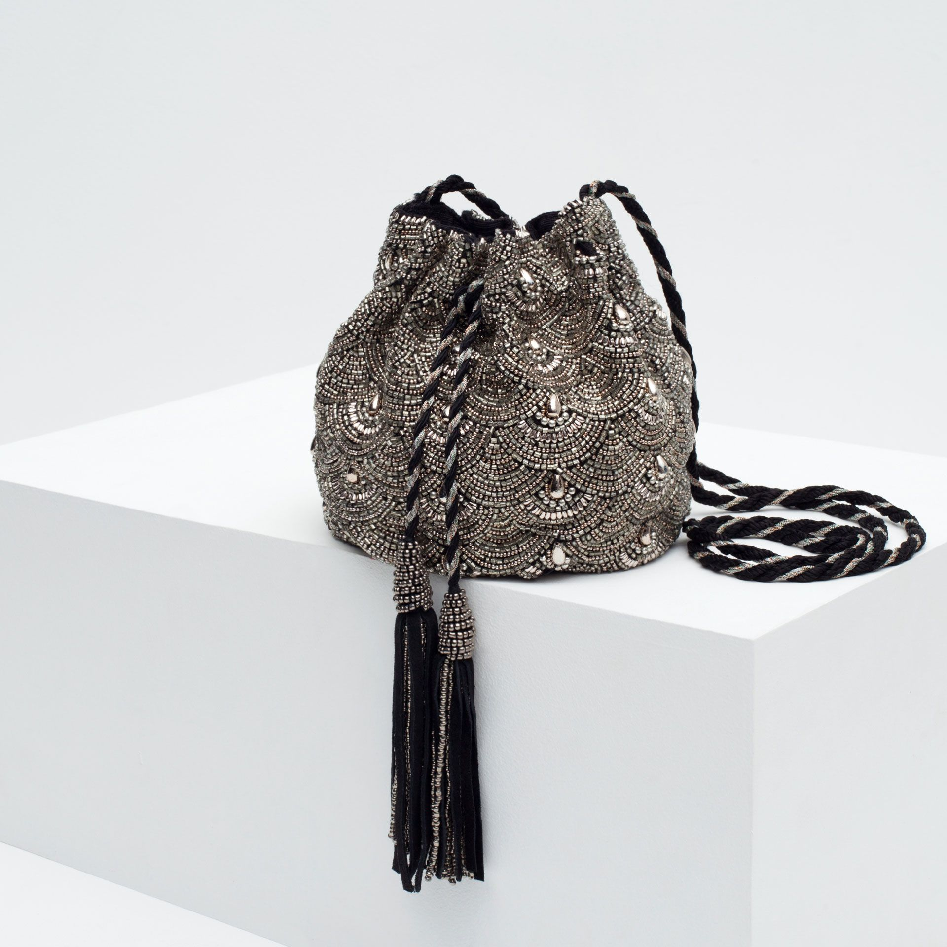 BEADED DRAWSTRING BAG - View all - Bags - WOMAN - PROMOCIJA | ZARA ...