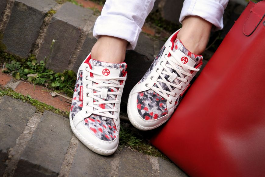 Acupuncture trainers - red leopard #fashionblogger #chicandcheap