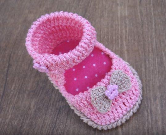 Tutorial per fare una scarpina da neonata a uncinetto taglia 1 - 3 mesi  modello ballerina aeaee9e7a91
