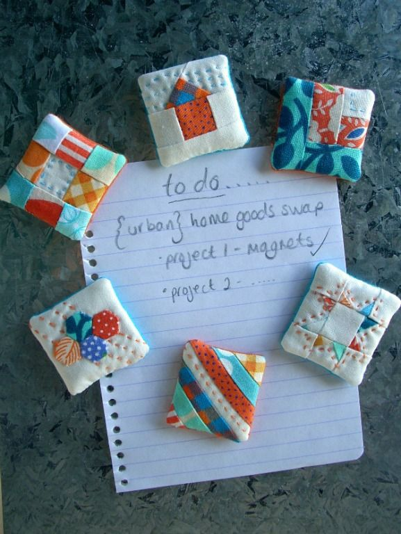 Mini quilt blocks made into magnets. Wonderful idea! Lots of fun to make too, I m sure. But I d ...