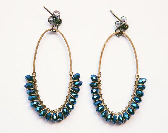 HALF FULL oval dangle earrings wire wrappped in by awaysaway, €24.00
