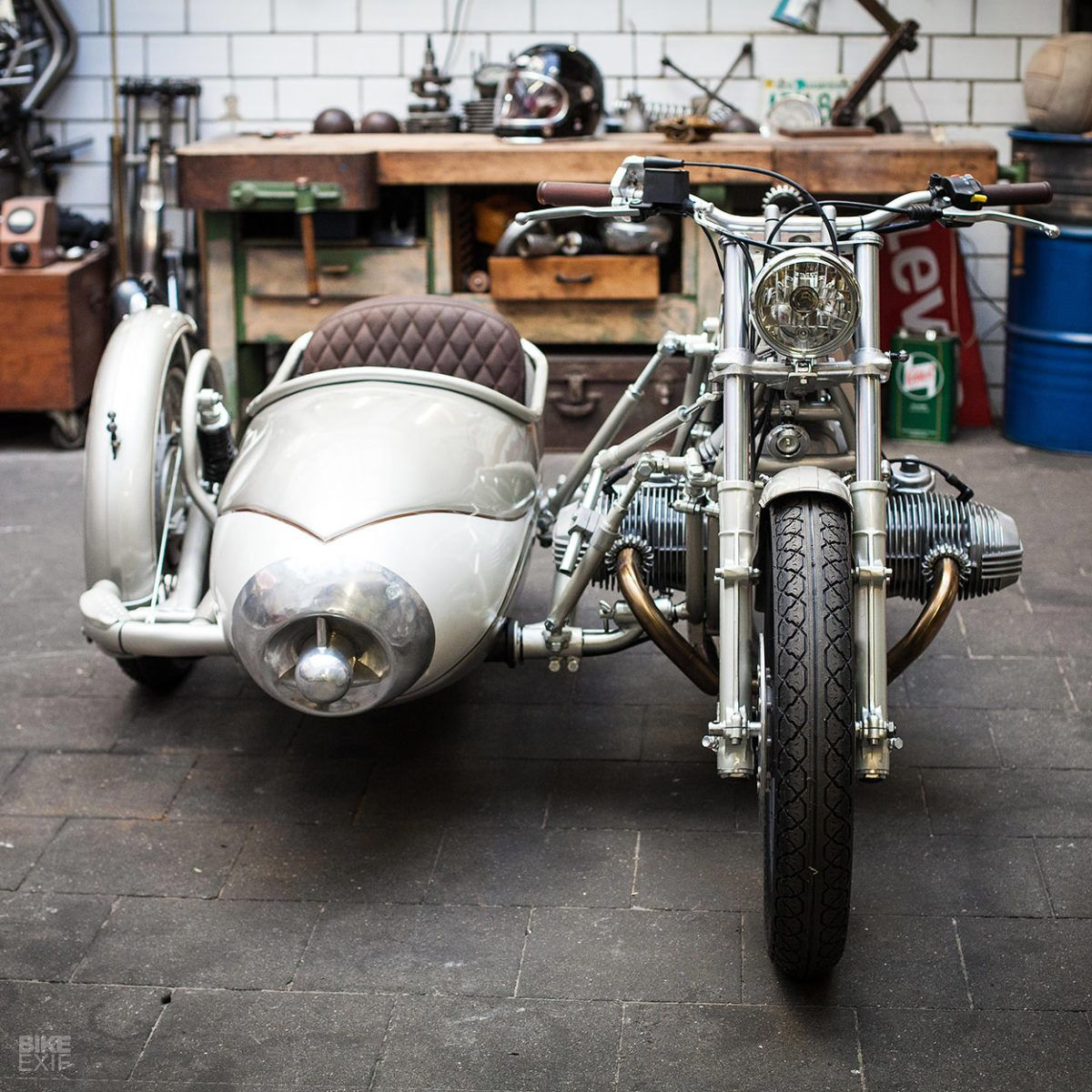 Sidecar: A classic cocktail from Kingston Custom | BMW cafe