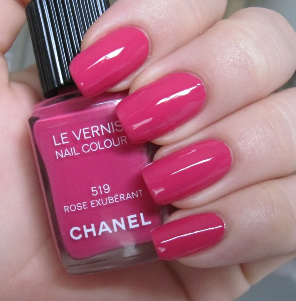 UÑAS.....❤   Nails   Pinterest   Rosas, Gabriel y Maquillaje
