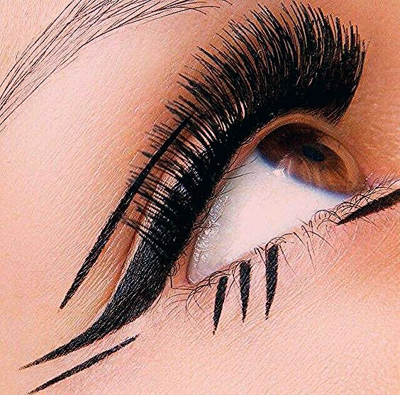 Photo of 7 of the most common eyeliner mistakes (and how to fix 'em)