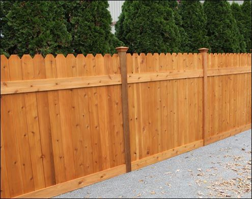 Western Red Cedar Straight Plank Style Fence With Dog Ears Cedar