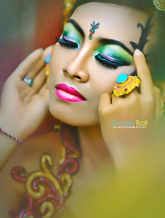 Balinese Woman Cantik Sekali