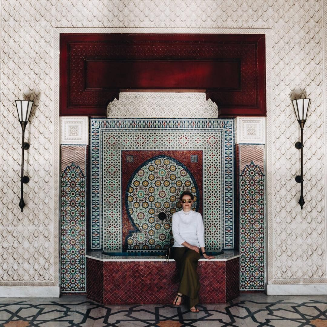 Enjoy your Saturday, I am most certainly enjoying mine  #lamamounia #Morocco #Marrakech #tiles #tilelove #tilework #tileart #tileaddiction #moroccantiles