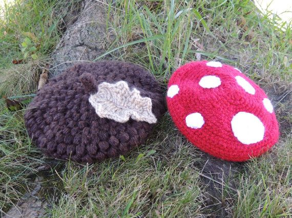 Crochet Baby Acorn Cap with Leaf by DellasNest on Etsy