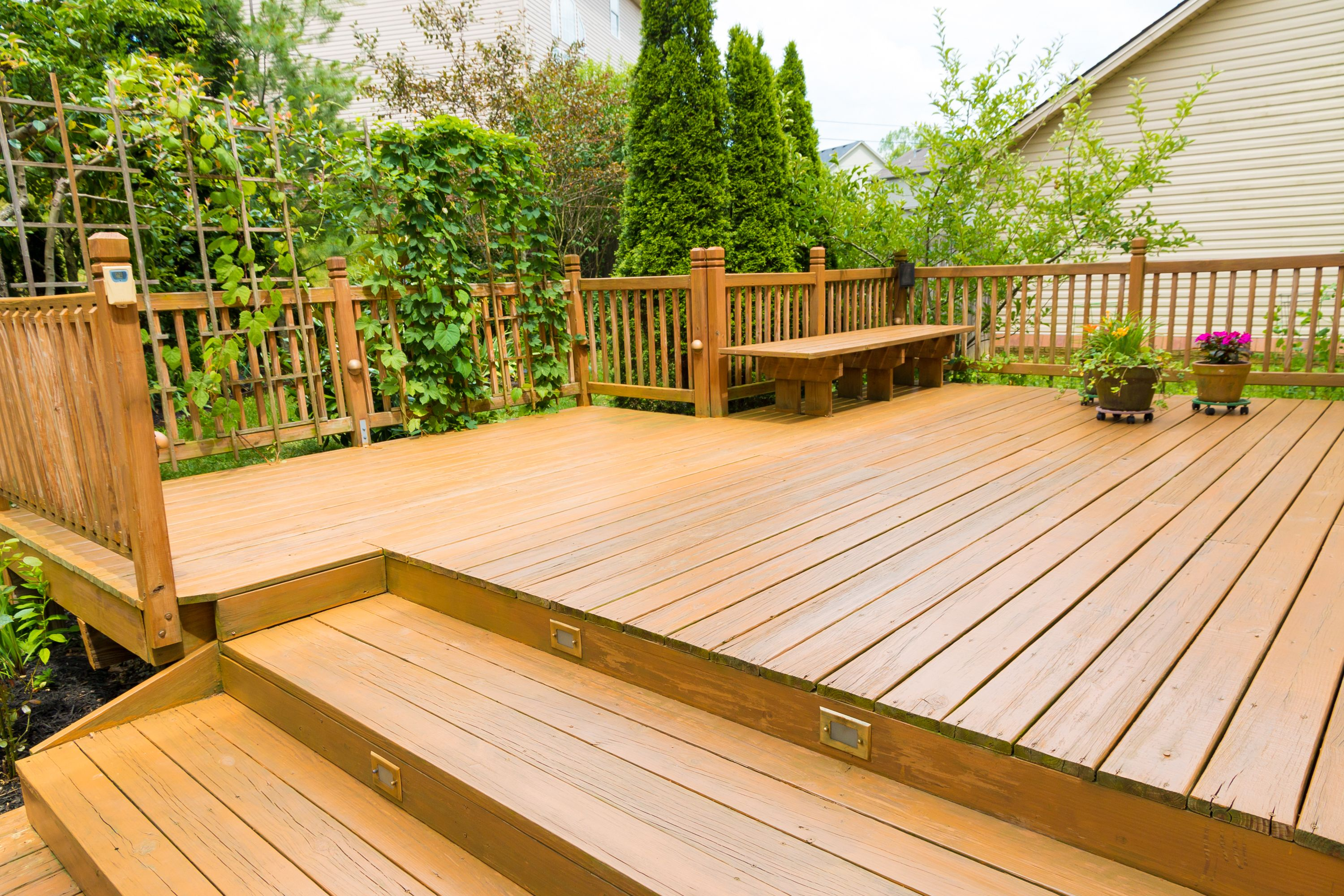 How To Clean Mold And Mildew From Wood Decks Ideas For The House