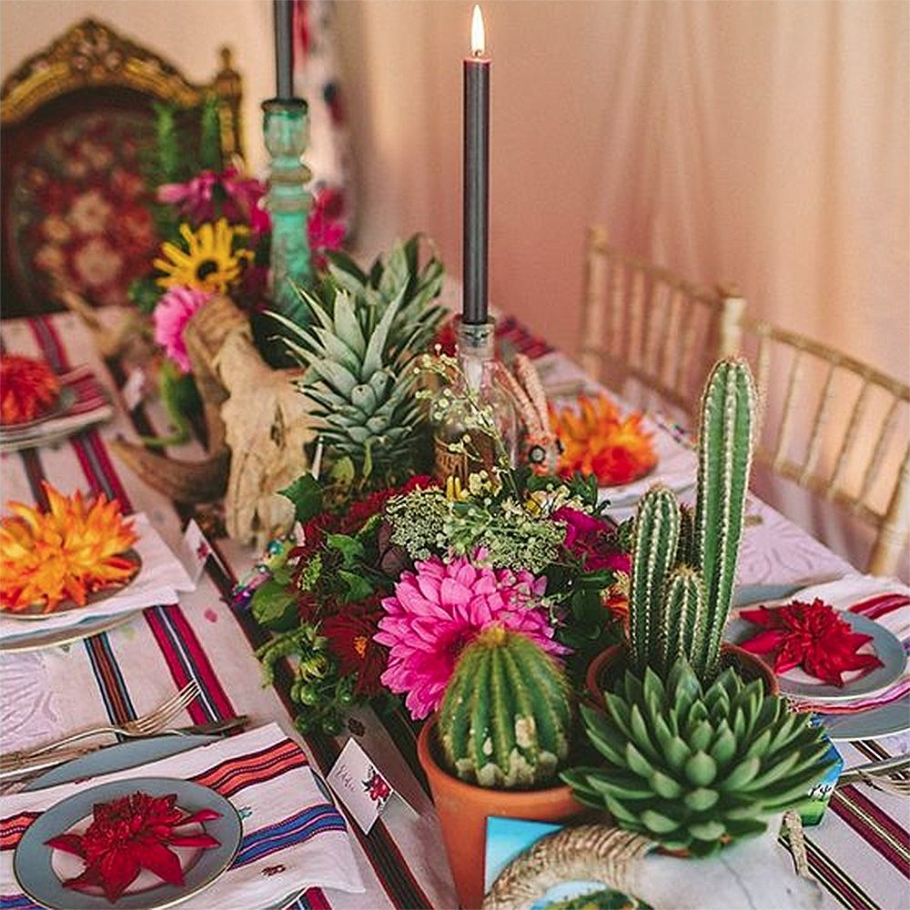 Mexican Themed Dinner Party Ideas Part - 27: How To Throw A Mexican-Themed Dinner Party (And Impress All Your Pals)