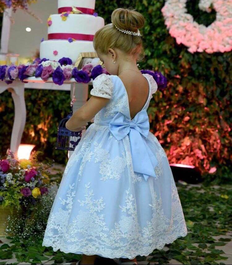 0b2a599fd Vestido Infantil de Festa Azul Renda Branca Mio Bebê Princesa (Tamanho: 4,  6 e 8)