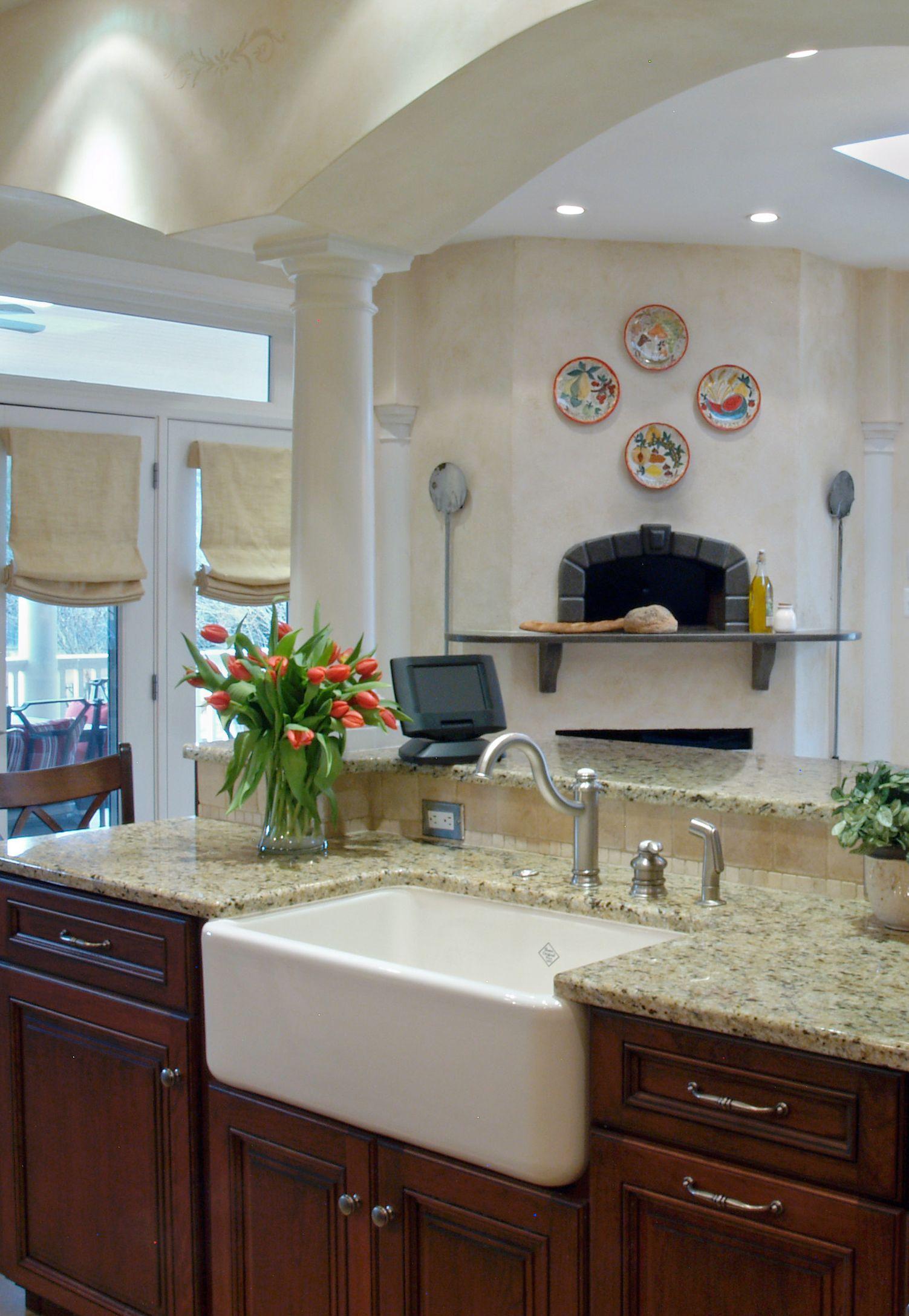 Surprisingly Versatile Farmhouse Sinks | kitchen | Apron ...