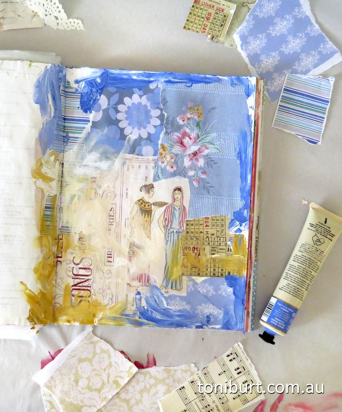 Arte France Journal The Beginnings Of Another Art Journal Page Love This Adorable