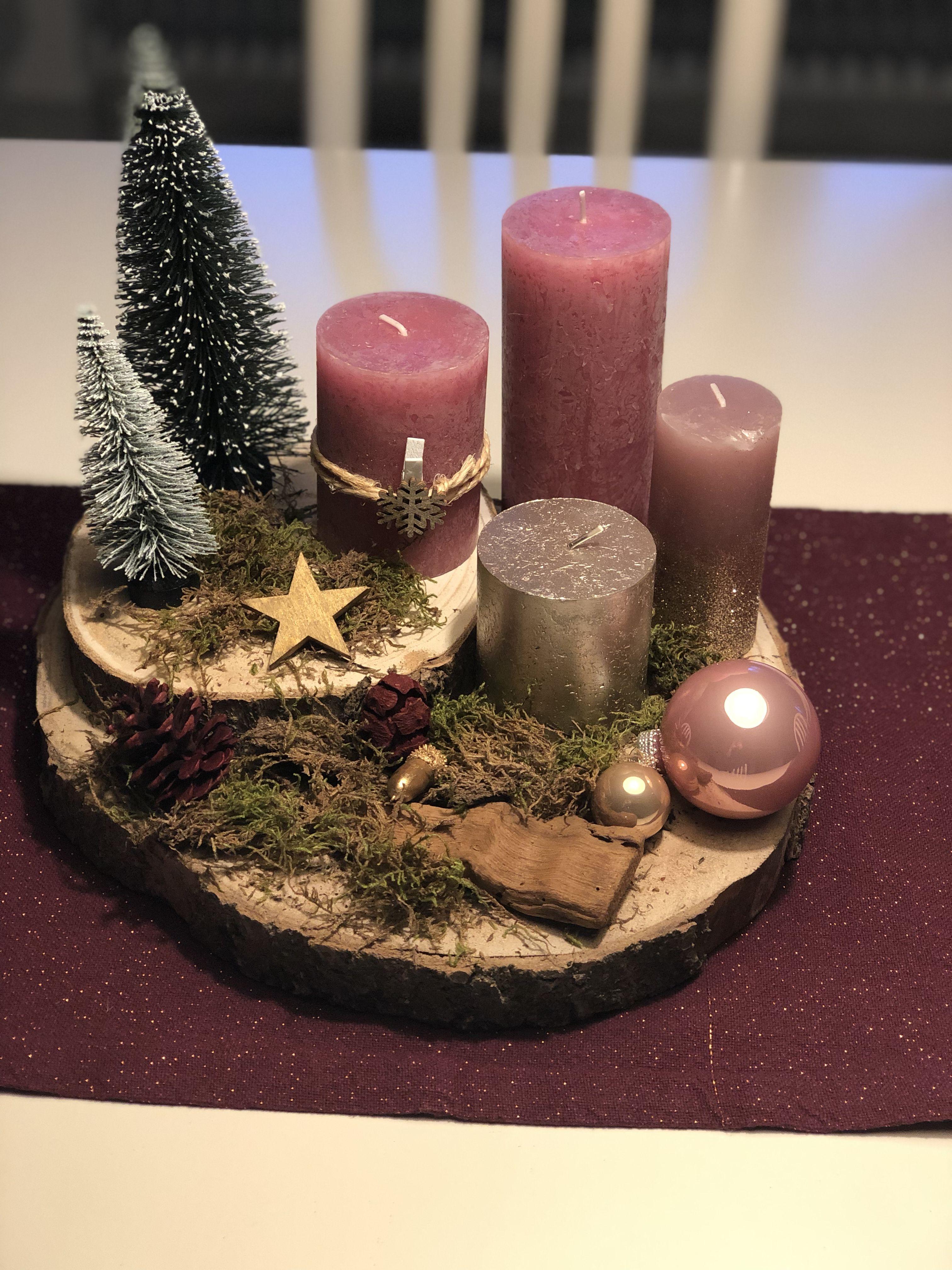 Kynttiläasetelma jouluksi.