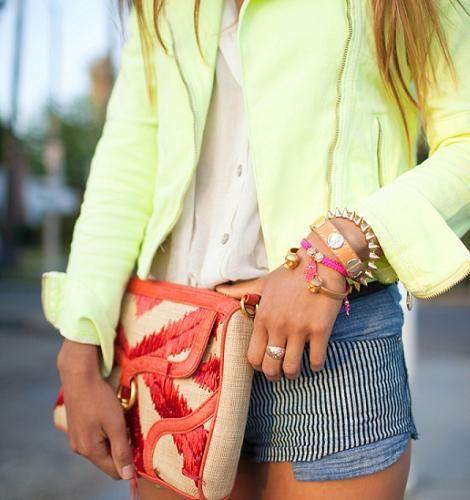 Pulseras de moda verano 2012