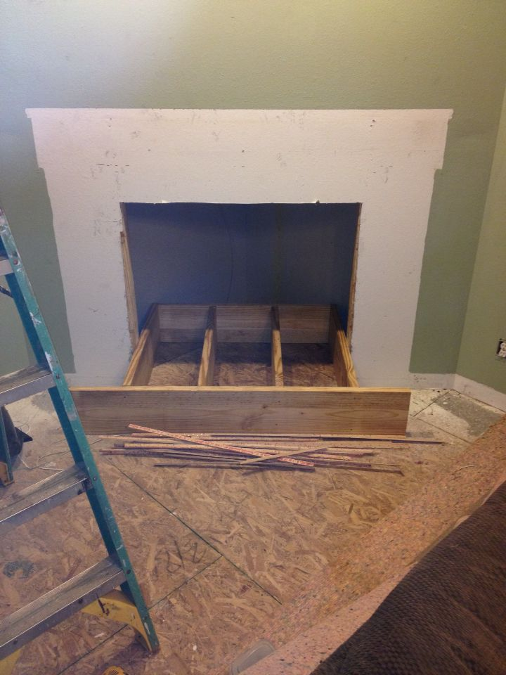 framing the raised hearth fireplace hearth rock fireplaces frame rh pinterest co uk