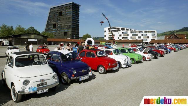 Beragam Mobil Fiat Yang Sudah Dimodifikasi Dalam Kontes Modifikasi Mobil Antik Fiat 500 Internasional Di Kota Zug Swiss Modifikasi Mobil Fiat 500 Mobil