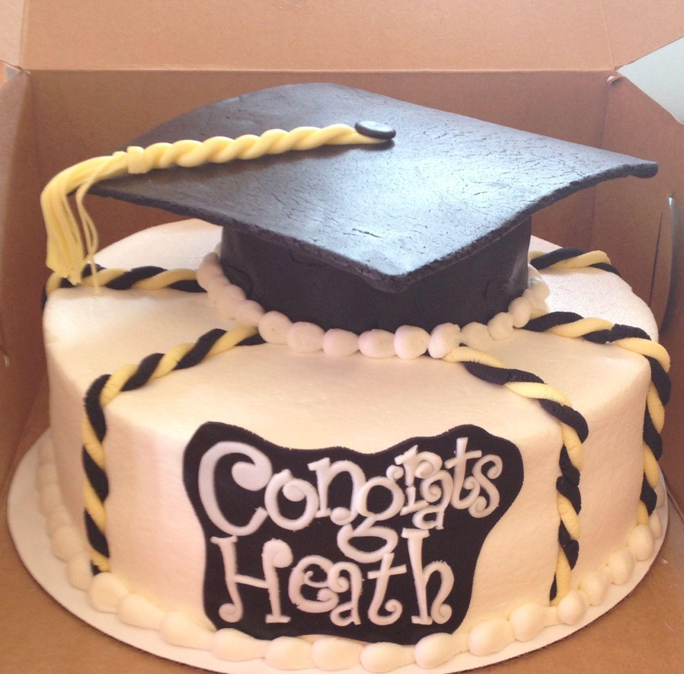 Graduation cakes   Cakes by Sarah's Sweets   Cake, Cake ...