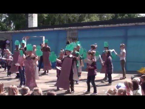 Radio Oorwoud - Schoolfeest De Wegwijzer - YouTube