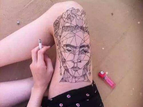 Frida em pedaços