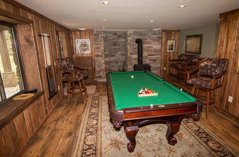 Chestnut Lodge Huffman Creek Retreat Private Game Room Overlooking The River And Waterfall Chestnut Lodges Bedroom With Bath