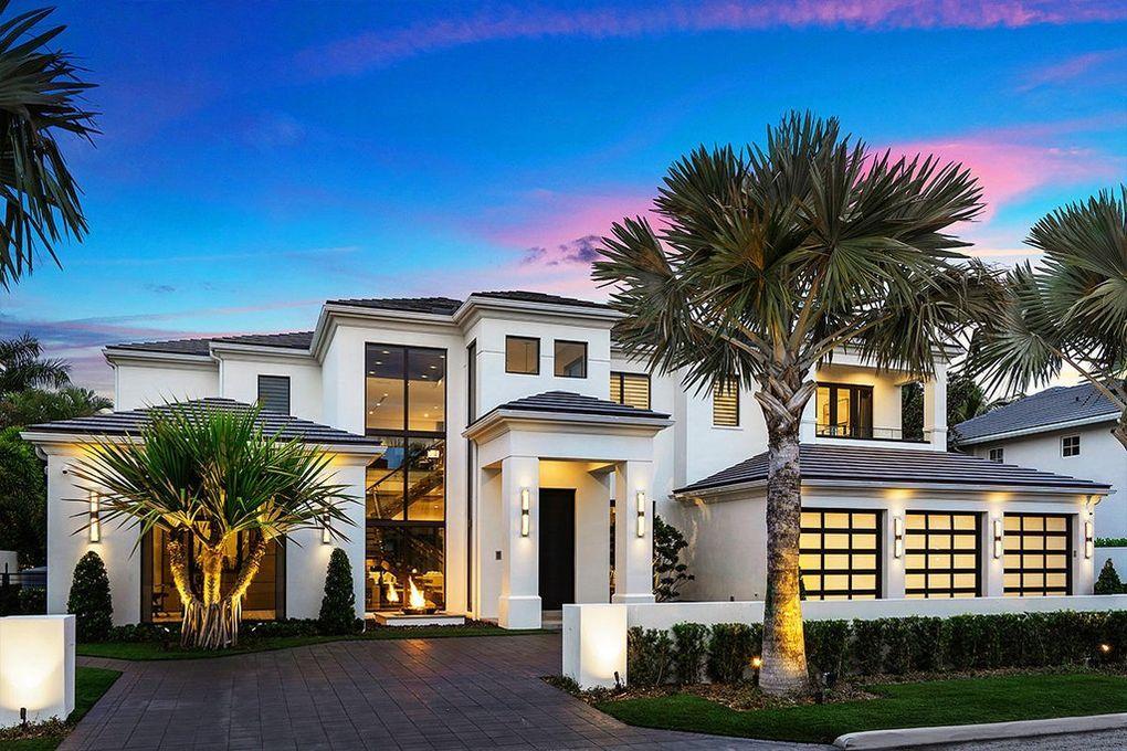 271 W Coconut Palm Rd Boca Raton Fl 33432 Luxury House Luxury Homes Interiors Dream