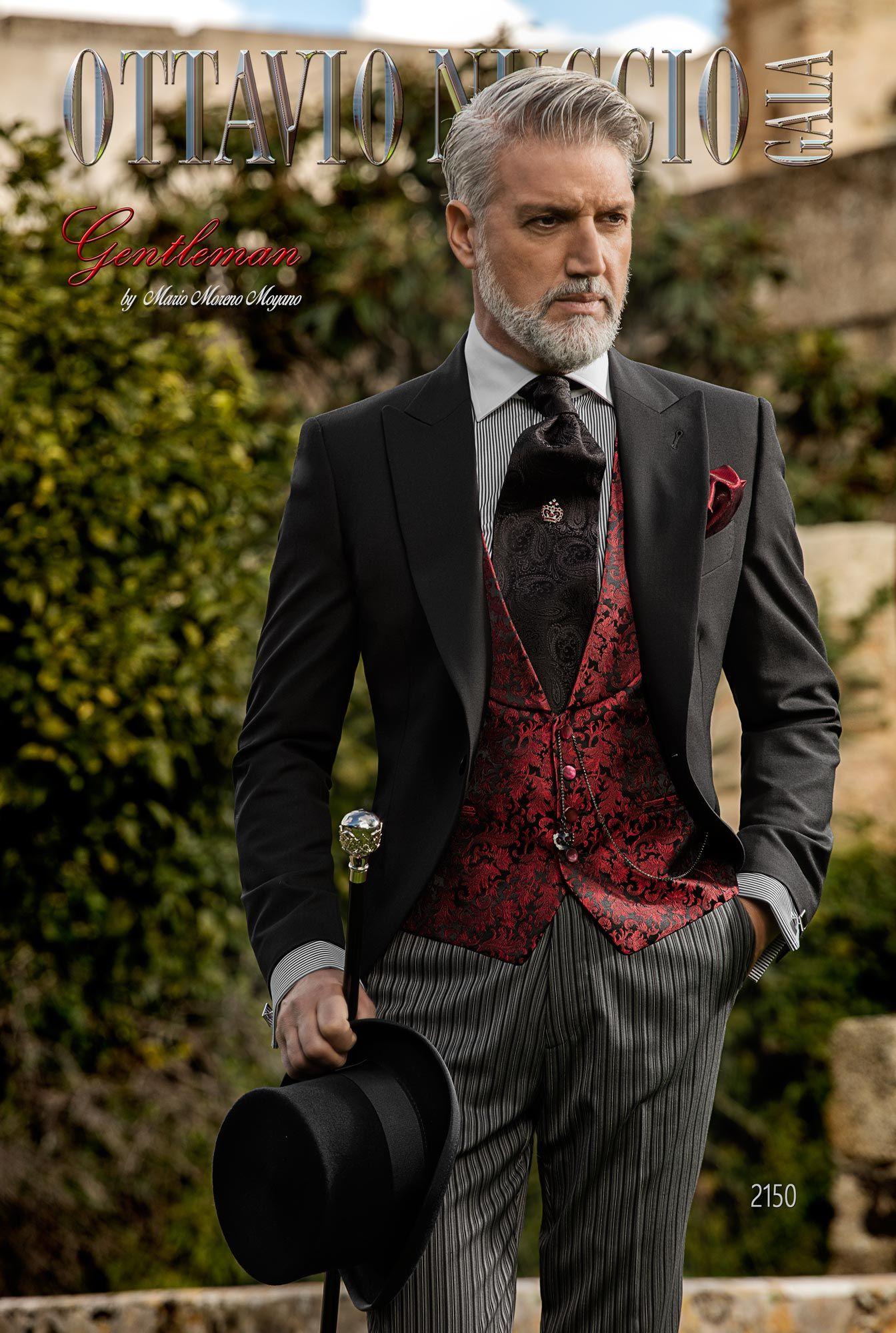Abito tight nero classico da sposo con pantalone a righe. Completo ONGala  2150 Collezione Gentleman c6a98327aa2
