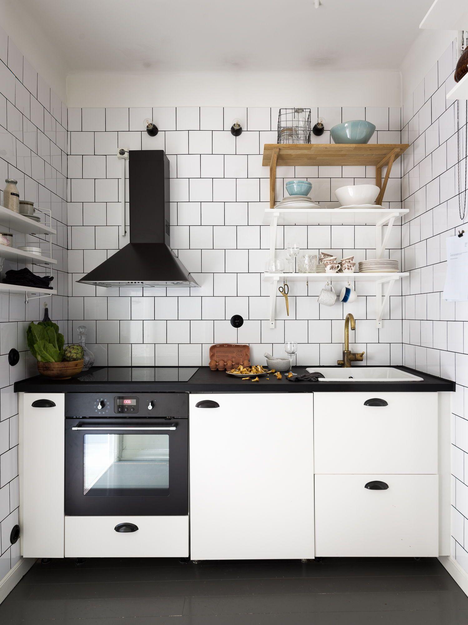 Small Kitchen In Black And White Kitchen Remodel Small White