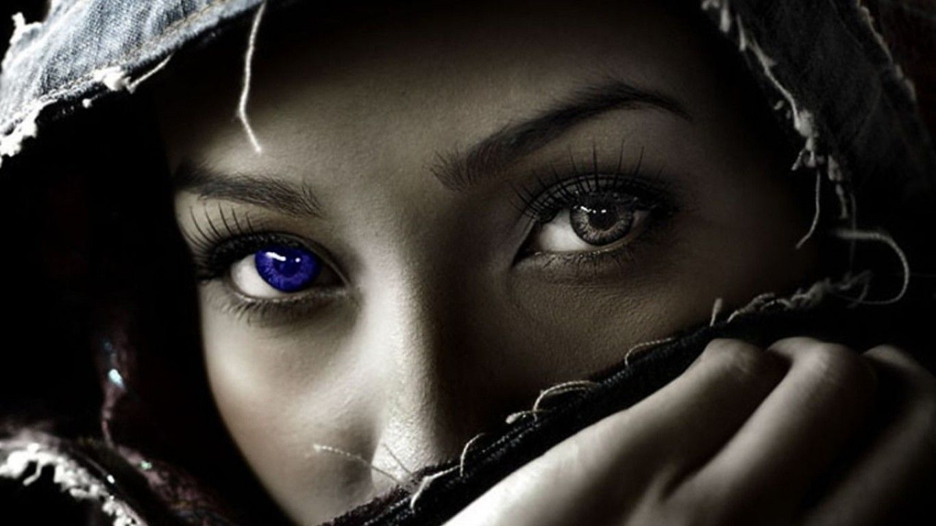 Have A Look At Our Blue Eyes Girls Images And Wallpapers