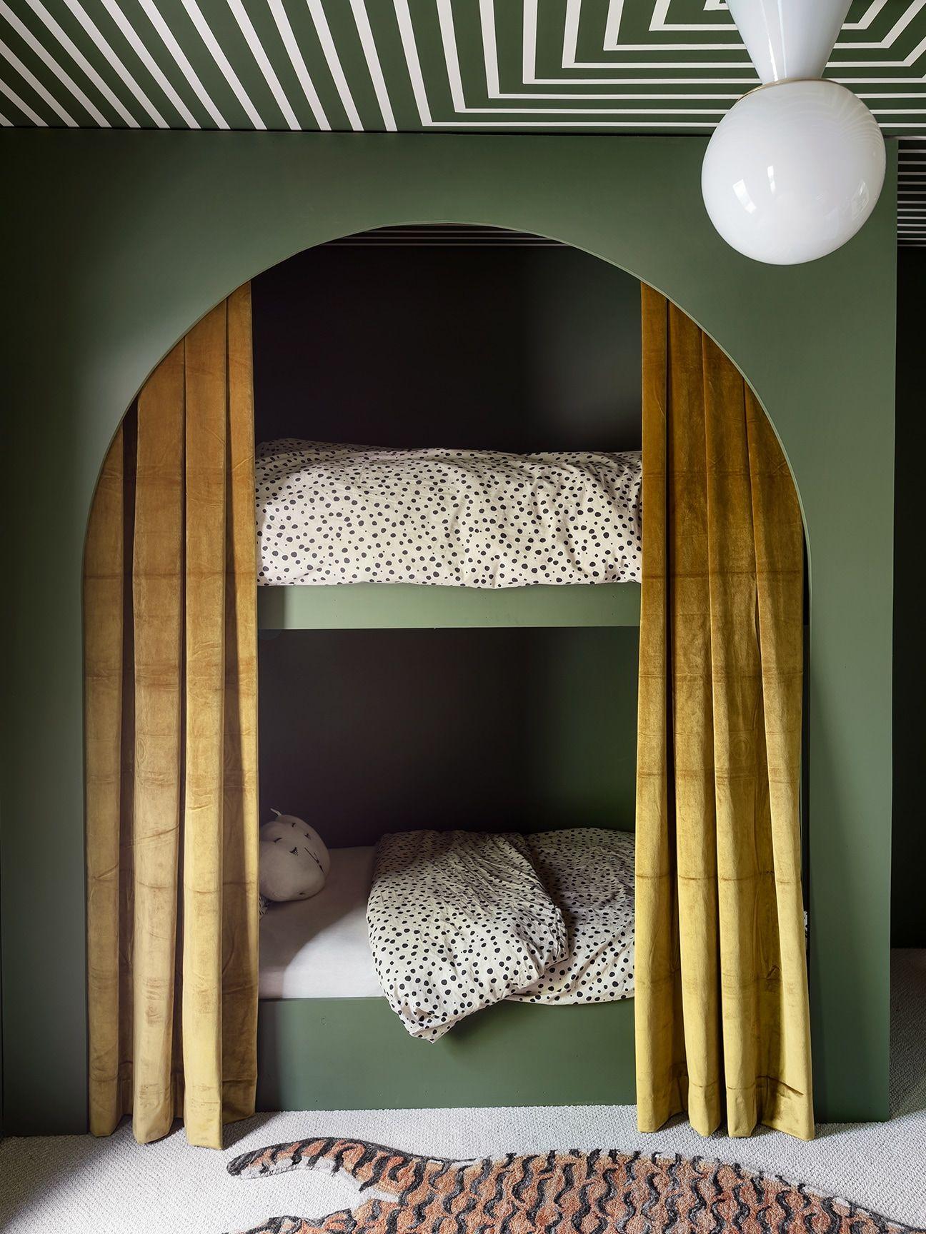 Sarah Sherman Samuel Diyed Her Son S Bunk Beds In A Weekend Bunk Bed Designs Modern Bunk Beds Bed Design