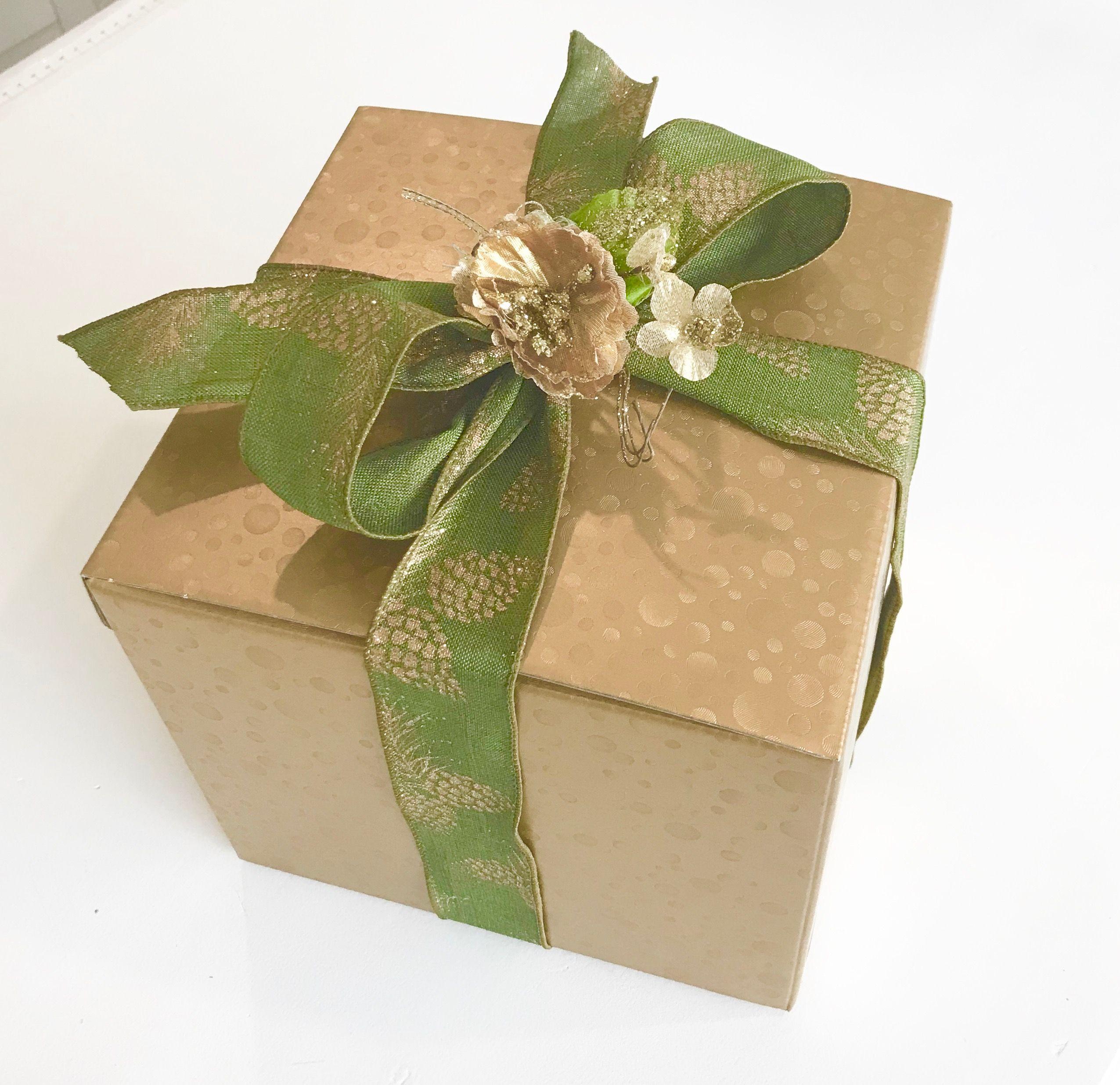 Geschenkkarton Weihnachten.Geschenkschachteln Fur Weihnachten In Gold Silber Rot