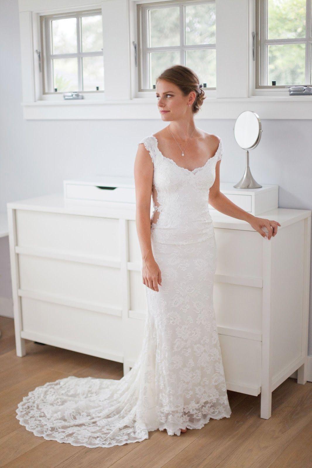 Olvi\'s 1495 Sw Size 0 Wedding Dress