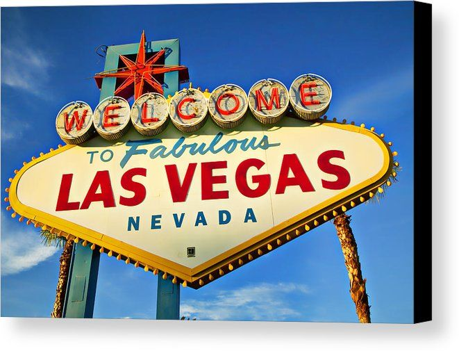 Welcome Las Vegas Sign Canvas Print featuring the photograph Welcome To Las Vegas Sign by Garry Gay