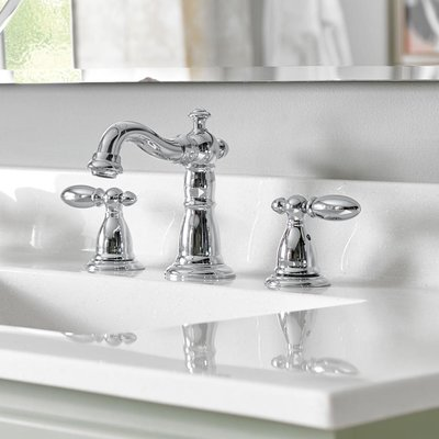 Delta Victorian Widespread Bathroom Faucet With Drain Assembly