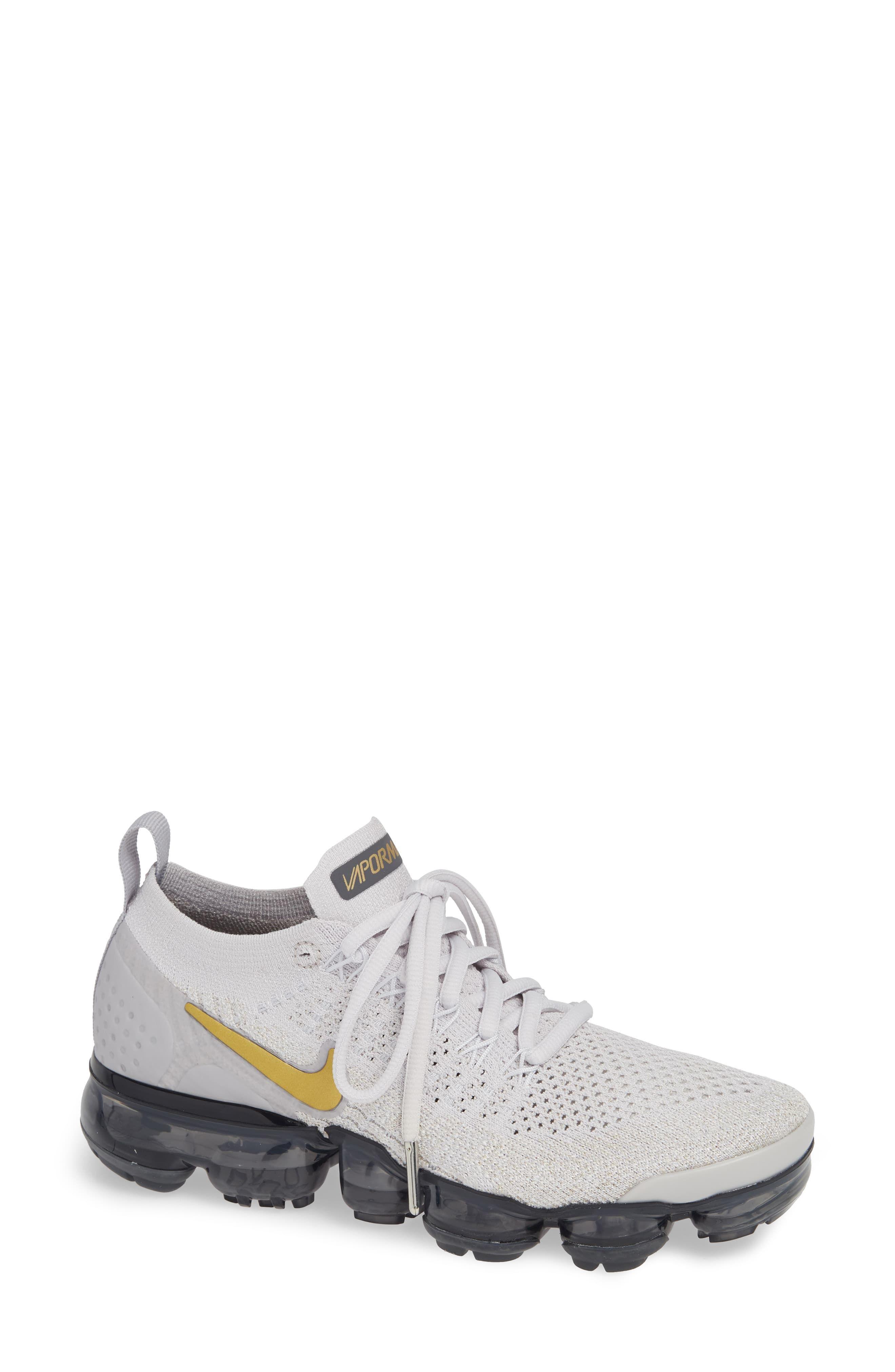 lowest price 4f7bd 69e75 Women's Nike Air Vapormax Flyknit 2 Running Shoe, Size 6 M ...