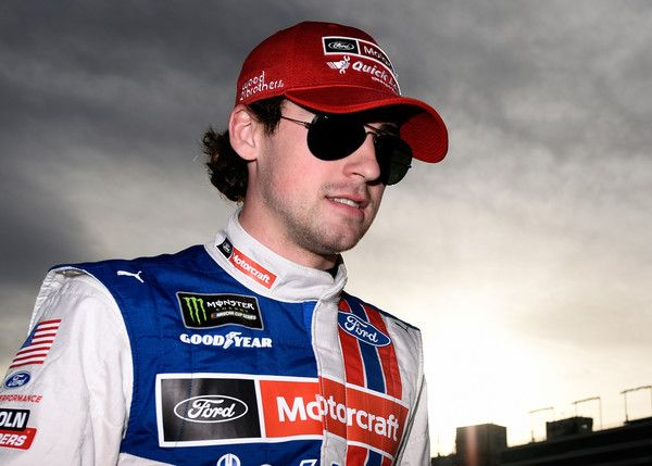 Ryan Blaney Photos Photos Las Vegas Motor Speedway Day 1 Las