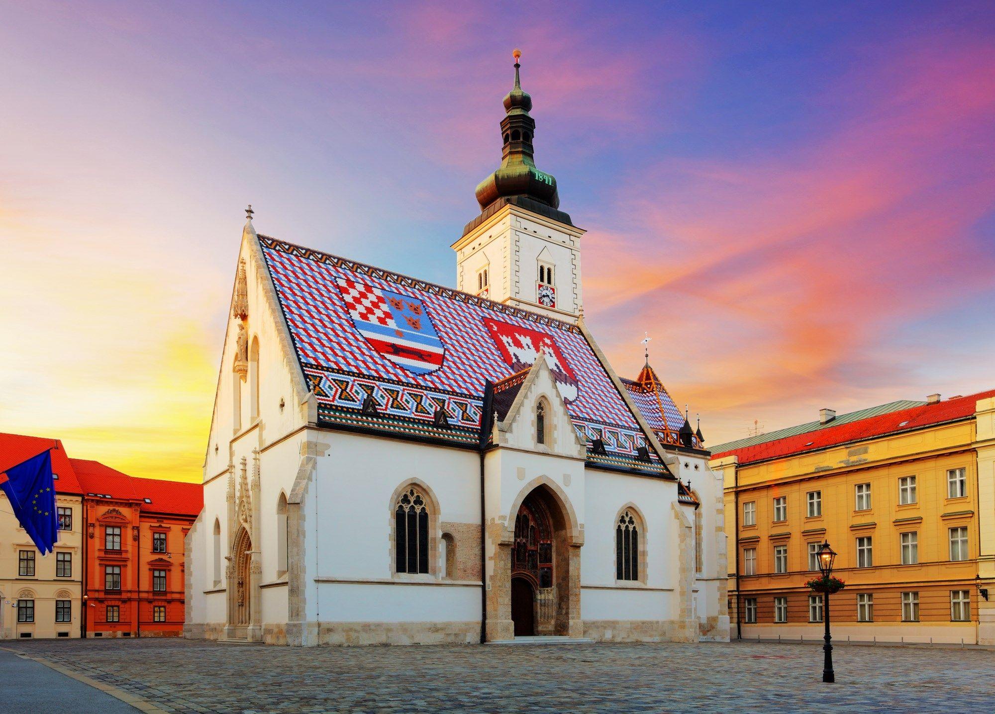 La Iglesia de San Marcos, en Zagreb, cuenta en su tejado con el ...