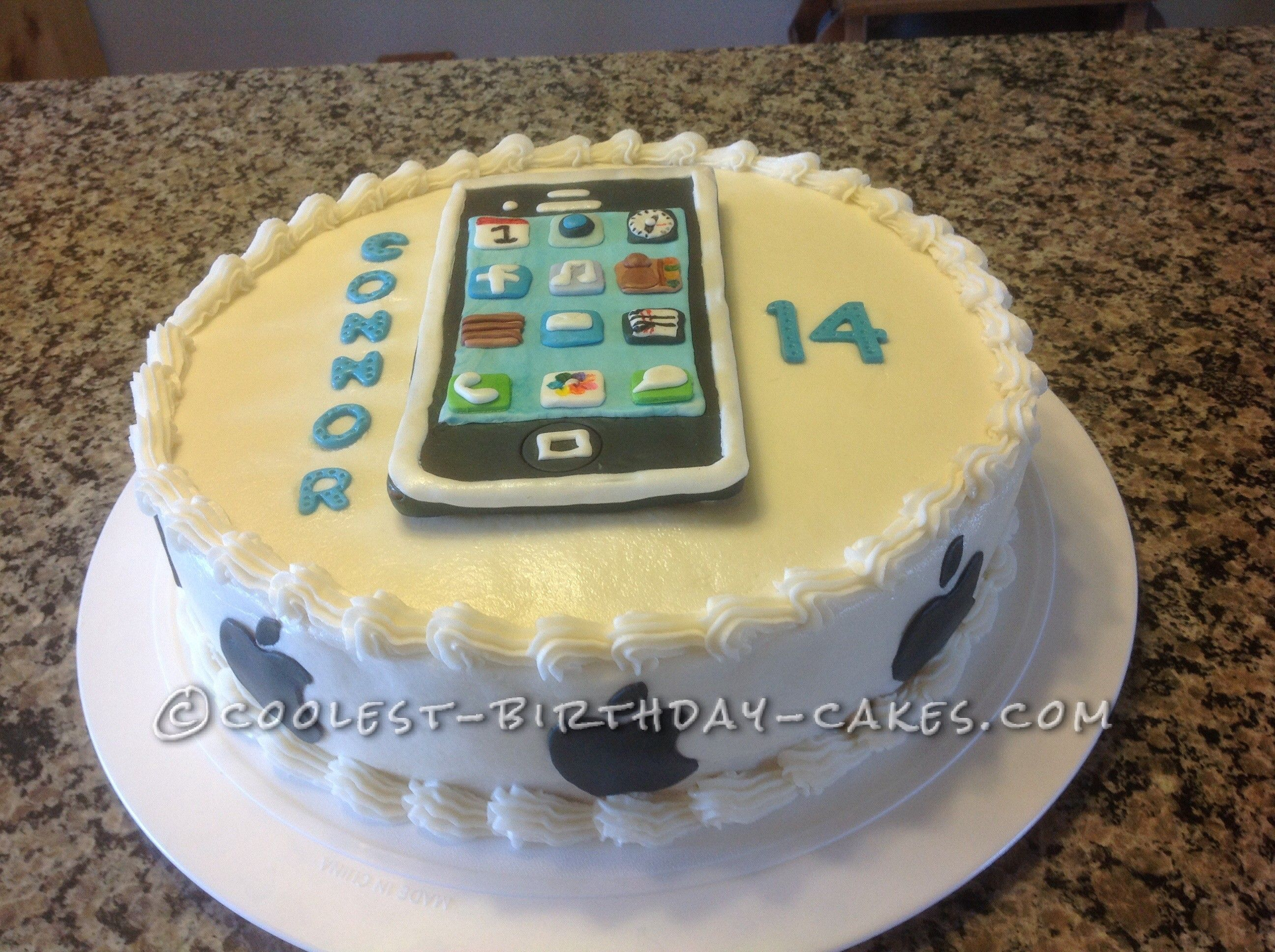 Coolest Chocolate iPhone Cake Iphone cake Birthday cakes and