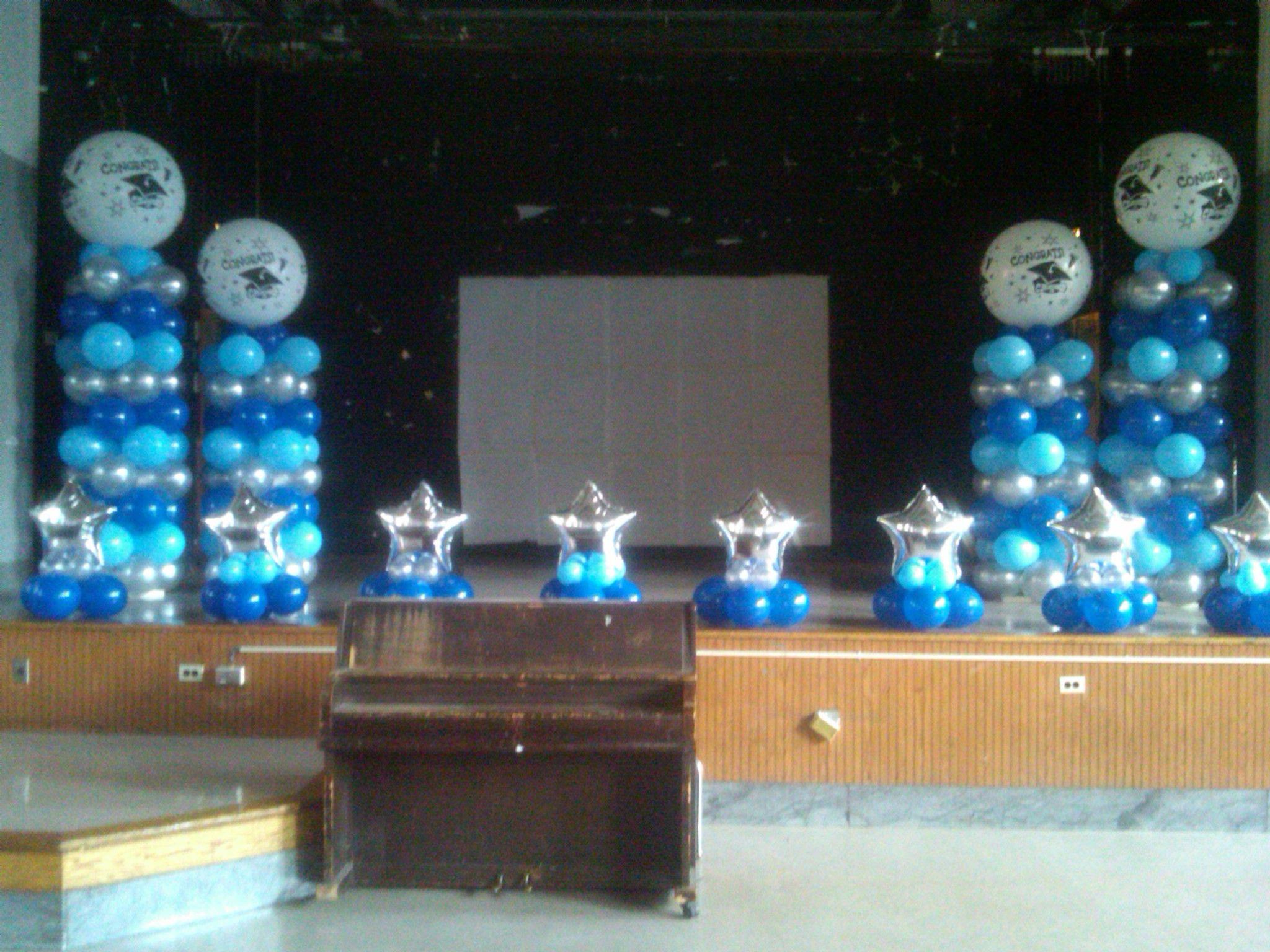 Manhattan School Graduation Rosanna Balloons In 2019 Stage