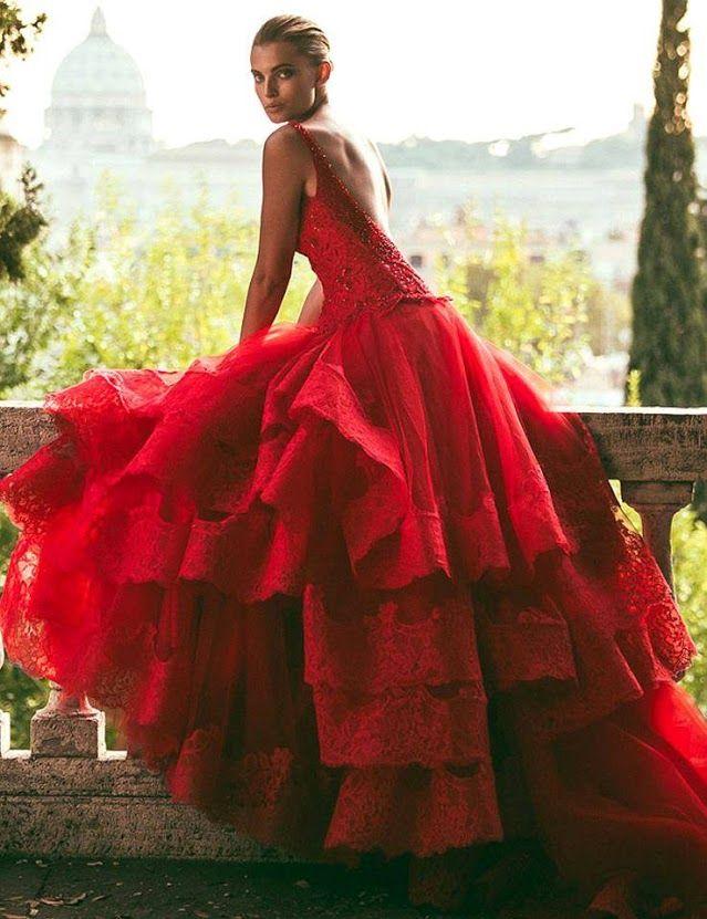 Novia vestida de rojo sueno