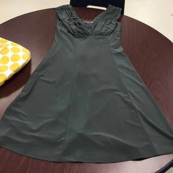 Calvin Klein dress sage green size 6 Gorgeous. Exquisite fabric.  Calvin Klein Dresses