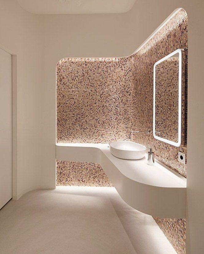 Bavaria lounge by mhp architekten todos santos for Cuartos de bano santos