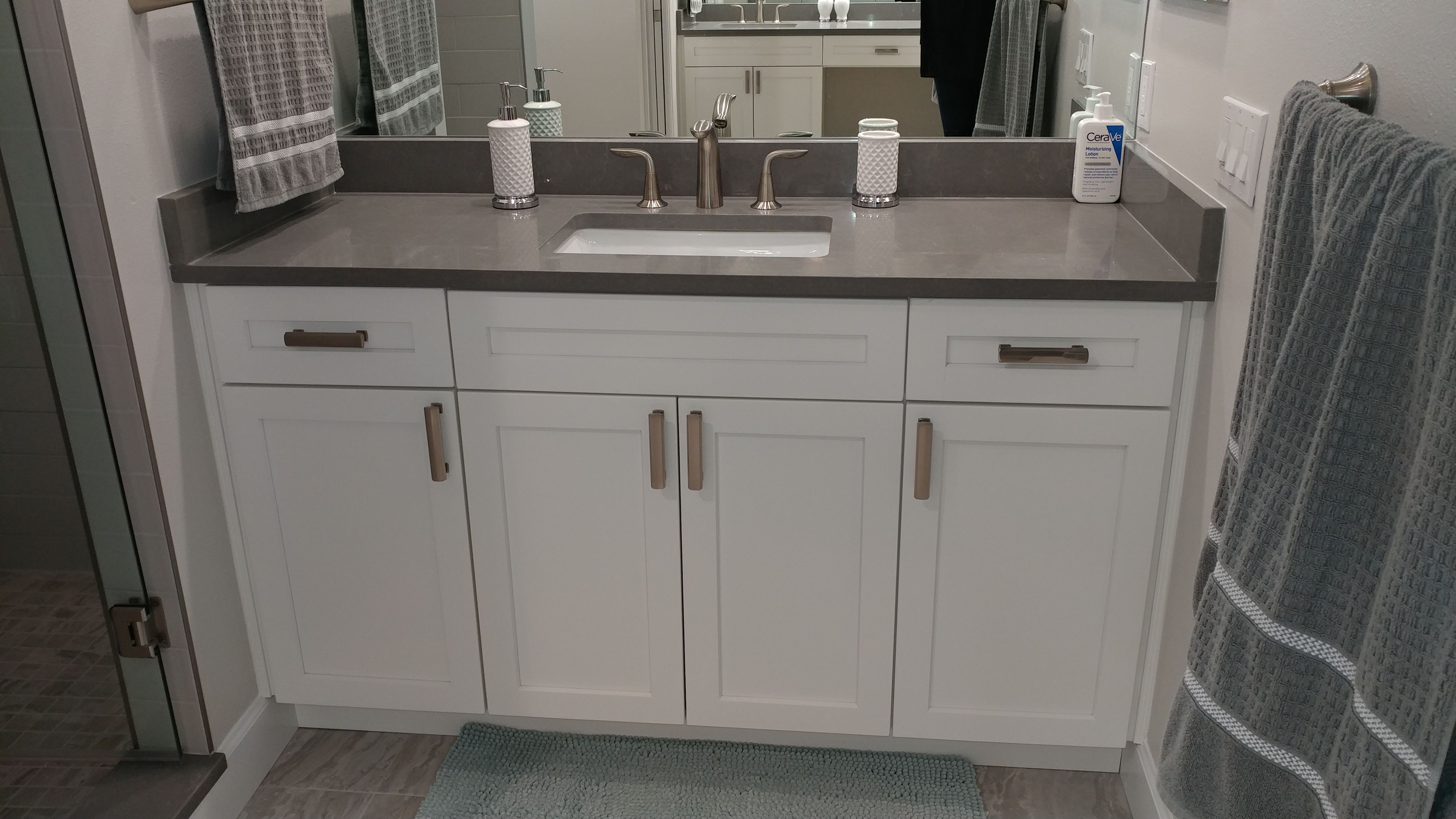 The Master Bathroom Quot His Quot Vanity Has White Shaker Cabinets