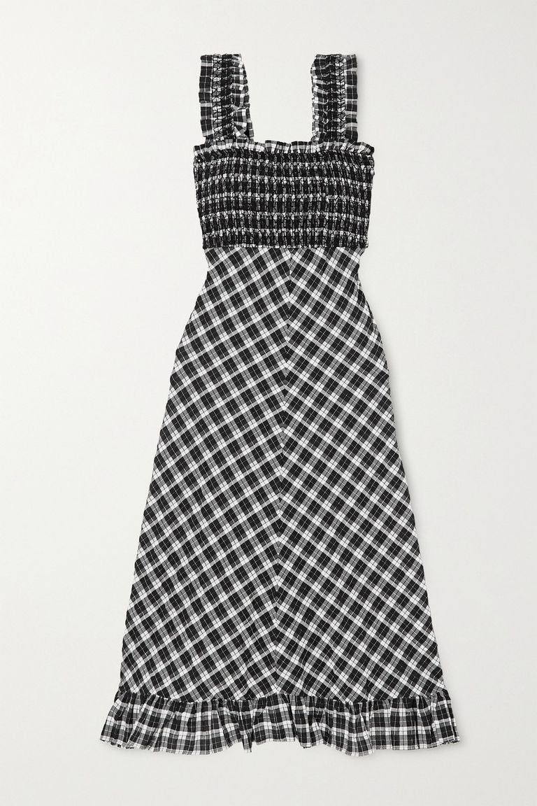 Attention Preppies We Found The Gingham Workout Set You Need In 2020 Gingham Fashion Fashion Gingham Tops