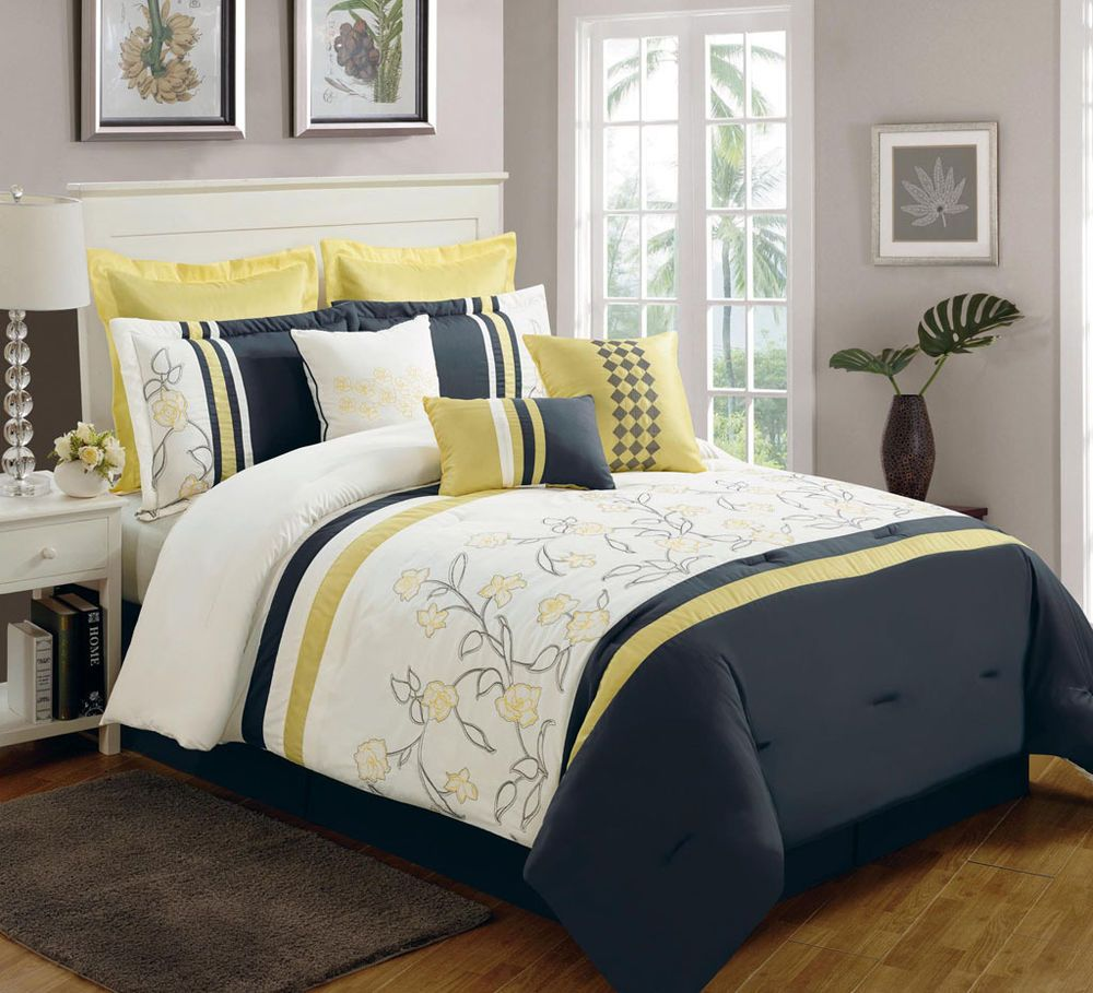 13 Piece King Begonia Yellow Black White Bed In A Bag Set White